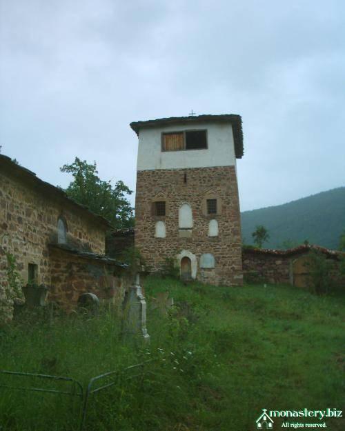 chiprovtsi_monastery_kostnica.jpg